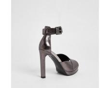 Metal Platform Sandals - Silver