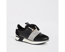 Black stretchy lozenge running shoes