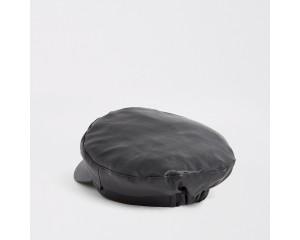 Black imitation leather baker's boy hat with strap